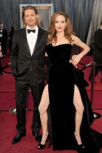Bu da bir internet kullanıcısının Jolie'nin Oscar pozuna getirdiği ilginç yorum.