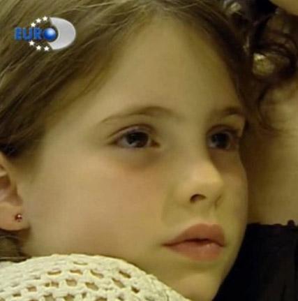 Cansu karakterini canlandıran Selin Ilgar ilk olarak Sihirli Annem dizisiyle dikkat çekti.