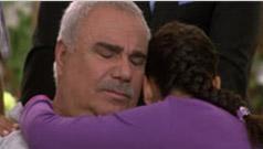 Ama Ayşe babasına o kadar düşkün ki, bütün ailesi kötü davransa bile o hep babasına destek olmaya çalıştı. Ama onun sevgisi bile babasını kurtarmaya yetmedi.