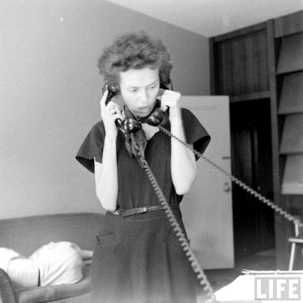 İşte o zamanlardan, 1948'den bir model ajansı ve modellerin yaşamını sergileyen fotoğraflar.