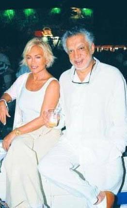 BOŞANDILAR AMA DOSTLUK SÜRÜYOR Semiramis Pekkan, Hint asıllı İngiliz iş adamı Gulu Lalvani ile evlendi.