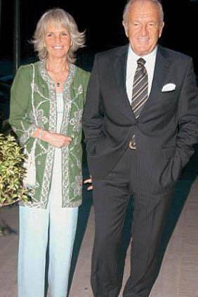 ALİ ŞEN'İN EŞİ DANİMARKALI  İşadamı Ali Şen'in eşi Benta Hanım Danimarkalı.