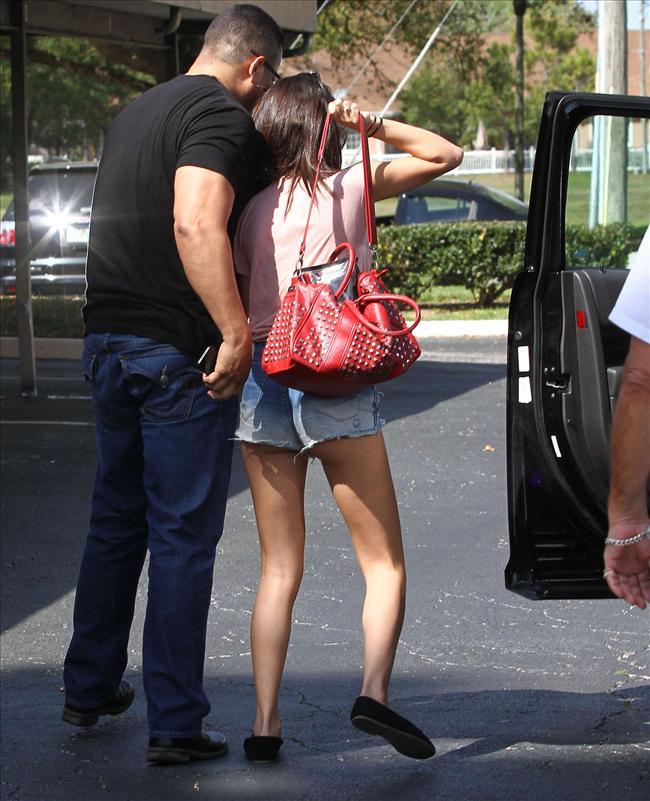 Selena sere serpe - 53