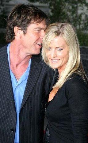 Aktör ve eşi ikizleriyle birlikte mutlu bir hayat sürüyor.