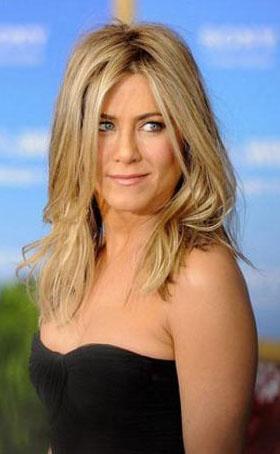 Jennifer Aniston'ın geçen yılki kazancı 28 milyon dolar.