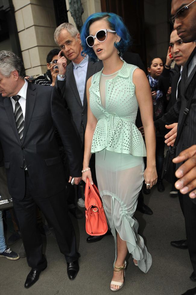 Katy Perry - 9