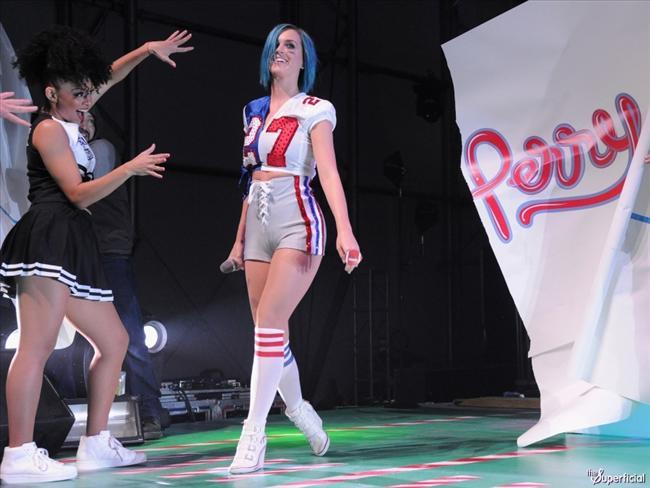 Katy Perry - 35