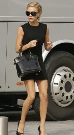 Victoria Beckham, güzelliği ve bakımı için servet harcıyor.