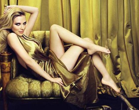 Marilyn Monroe'nun tahtına aday gösterilen genç yıldızın en büyük kusuru zarif bedenine göre epey büyük olan ayakları.