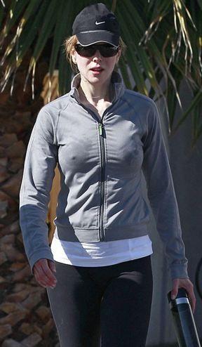 Avustralyalı, Oscar Ödüllü oyuncu Nicole Kidman, formunu korumak için spor yaparken kameralara yakalandı.