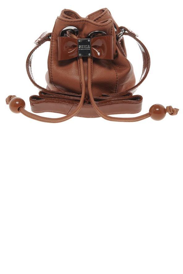 Fiyonklu deri sırt çantası, Sonia Sonia