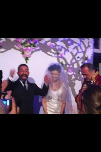 Türkiye'nin en önemli isimlerinin katıldığı düğünden ilginç ayrıntılar...