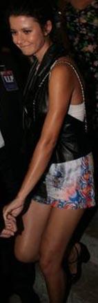 Arkadaşlarıyla gittiği bir konserde bu giysiyle görüntülenmişti Saat.