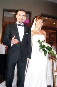 Gülben Ergen ve Mustafa Erdoğan büyük bir aşkla evlendi.