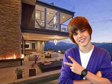 18 yaşına basan Justin Bieber, en güzel doğum günü hediyesini 'kendi kendine' verdi.