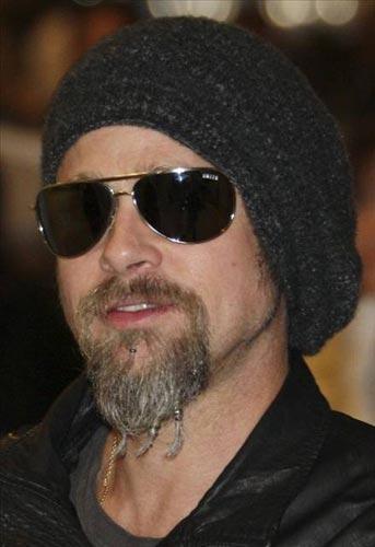 Brad Pitt  'Seven Years in Tibet'teki (Tibet'te Yedi Yıl) rolü yüzünden Çin'e girmesi yasaklandı...