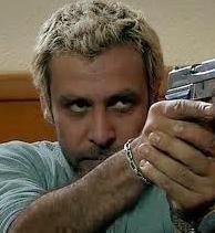 Behzat Ç'de sarı saçlarıyla kamera karşısına geçmişti.