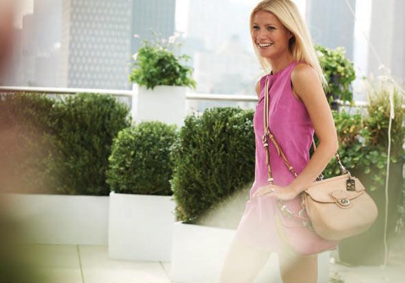 Gwyneth Paltrow amerikan çanta markası Coach'ın reklam yıldızı.
