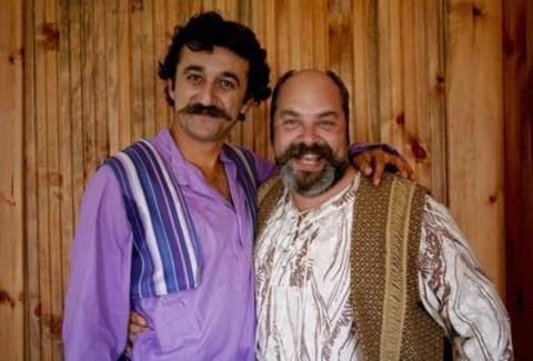 Ali Düşenkalkar şu sıralar Hanımır Çitfliği'nde Kabak Hafız rolünü üstleniyor.