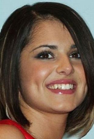 Cheryl Cole'un dişleri şimdiki gibi kusursuz görünmüyormuş şöhretinin iyk yıllarında.