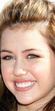 Tel kullanarak düzelttiği dişlerini parlatarak daha güzel bir görünüm kazanmış Cyrus.