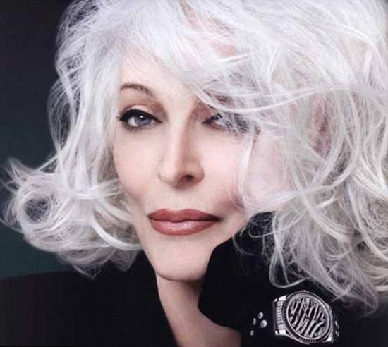 Ünlü model Carmen Dell'Orefice tam 80 yaşında