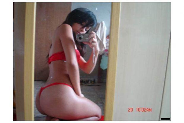 Aynaya bakmayı seven kızlar - 73