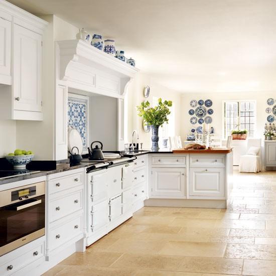 Temizlik ve düzen tutkunlarına mavi ve beyaz renkleri öneriyoruz. Çünkü bu renkler titizlği ortaya çıkaran renklerdir.