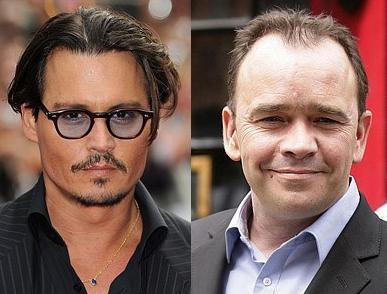 Johnny Depp ve Todd Carty 1963 doğumlu Johnny Depp'in bir kaç yıl sonra 50 yaşına gireceğine inanmak güç. Sadece Carty'den değil bir çok yaşıtından daha şanslı.