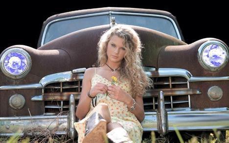 12 Taylor Swift