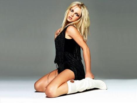6 Britney Spears