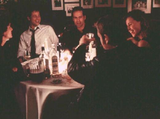 Barry Levinson'ın yönettiği filmin başrollerinde Brad Pitt, Kevin Bacon, Robert De Niro, Billy Crudup ve Minnie Driver gibi oyuncular vardı.