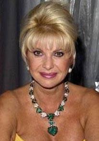 Ivana Trump 250 milyon dolar  Ivana Trump milyarder emlak kralı eşi Donald Trump'tan boşanmak için 250 milyon dolar tazminat aldı. Üstelik de eşine emlakçılık alanında rakip oldu.