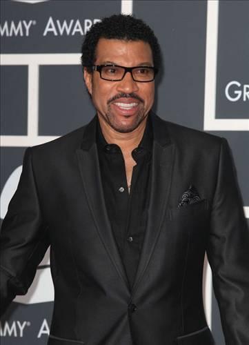 20 milyon dolar  Şarkıcı Lionel Richie'nin boşanma tazminatı 20 milyon dolardı.