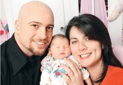 """Açelya Akoyun mutluluğunu """"İşte şimdi doğdum"""" sözleriyle dile getirdi."""