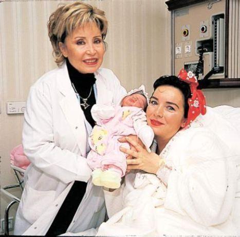 Meltem Doğanay  1986 Türkiye Güzeli Meltem Doğanay, 2002 yılında ikinci kez anne oldu.Güven Hastanesi'nde Prof. Dr. Sevim Dinçer Cengiz tarafından tedavi edilen ve sezaryenle doğum yapan Meltem Doğanay ile eşi Turan Yüceer kızlarına Melike Su ismini koydular.