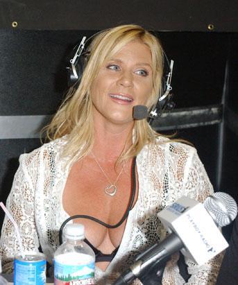 Ginger Lynn, 1980'li yılların başında porno sektöründe adını duyurmuştu.