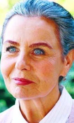 Türkiye'nin güzel gözlü oyuncuları deyip onları hatırlamamak olmaz. İşte Yeşilçam'ın 'boncuk gözlüsü' Fatma Girik.