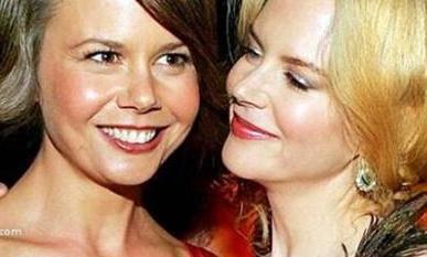 Antonia Kidman, Nicole Kidman'ın küçük kardeşi.