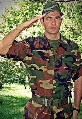 Keremcem'in asker selamı.
