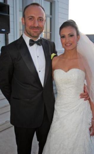 Halit Ergenç ise bir yıl evli kaldığı Gizem Soysaldı'dan ayrıldı.