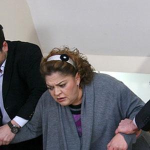 AKASYA DURAĞI'NIN ŞAZİMENT'İYDİ Son olarak rol aldığı Akasya Durağı dizisinde Şaziment karakterini canlandıran Evin Esen de ölümüyle milyonları üzdü.