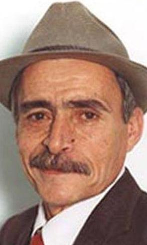 """HALİL PAZARLAMA ARTIK ARAMIZDA DEĞİL Dizi seyircisinin """"Halil Pazarlama"""" sözleriyle hatırlayacağı Oktay Sözbir 2006 yılında hayata veda etti."""