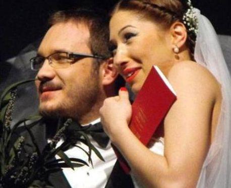 Celiloğlu'nun eşi Müge Celiloğlu, İstanbul Devlet Opera ve Balesi'nde dansçı.