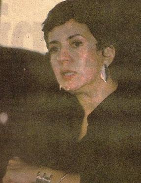 O genç kadın şu sıralar Fatmagül'ün Suçu Ne dizisinde Perihan karakterini canlandıran Deniz Türkali.