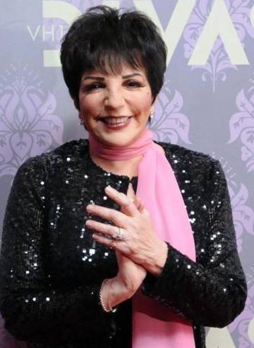 Liza Minelli dört kez evlendi.