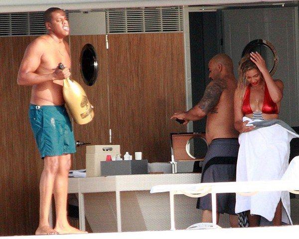 Beyonce ailesiyle birlikte tatilde... - 15
