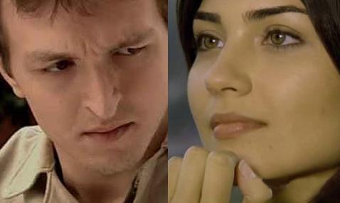 Büyüküstün dizide üvey kardeşini oynayan Saygın Soysal ile aşk yaşamaya başladı.