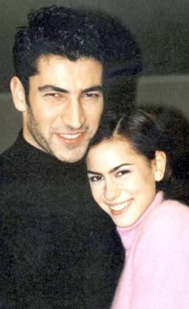 İmirzalıoğlu ilk olarak Deli Yürek'teki rol arkadaşı Zeynep Tokuş ile aşk yaşadı..