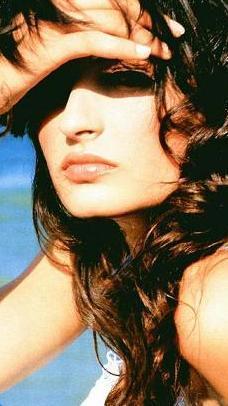 Selin Demiratar da aşkı dizi setlerinde buldu.